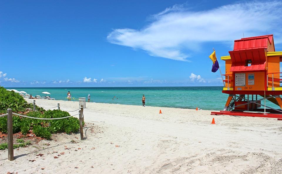crucero1518011136_miami-beach-2495884_960_720.jpg